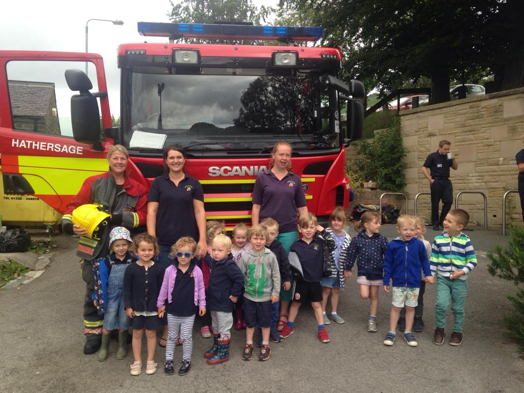 Hathersage Fire Service visits Bamford Pre-school to make learning fun